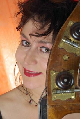 Lizzy Aumeier