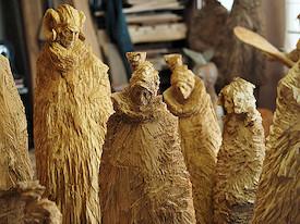 Holzskulpturen von Stefan Schindler